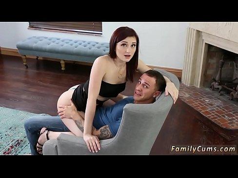 Free girl loses virginity porn