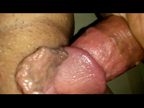 shaved pissing pussy free videos