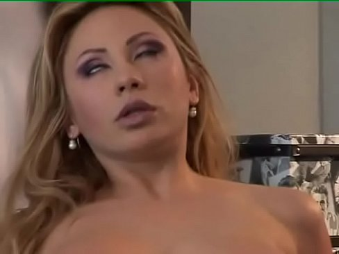 Nude daughter pussy story