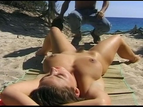 Kates playground showing tits gallery
