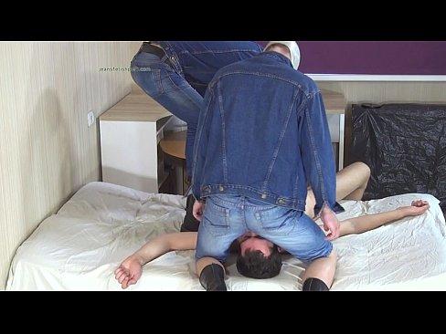 Bubble Butt Jeans Facesitting Gay