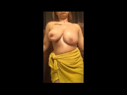 big boobs bouncing shaking tits hard amateur