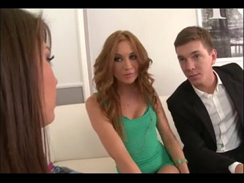 Threesome FFM Strap On Teens