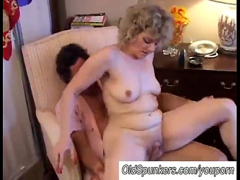 Hot round ass pussy