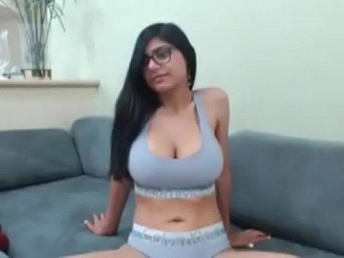 fuck a big tits woman