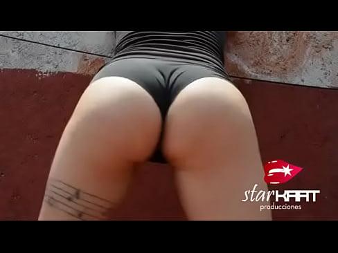 Star Kaat Twerking