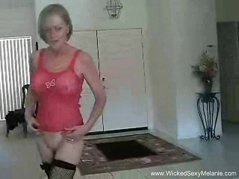 Amateur milf with shemale