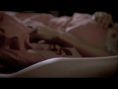 Fiorentino nude linda