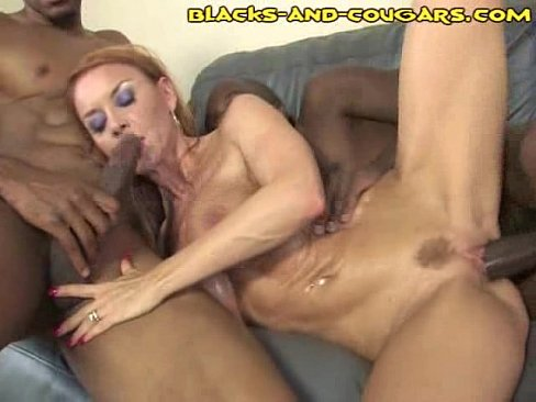 Girls eating pussy xxx