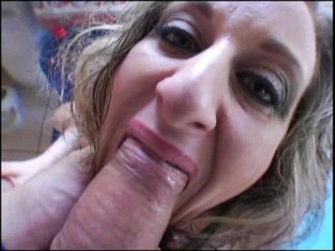 Mom dildo sex