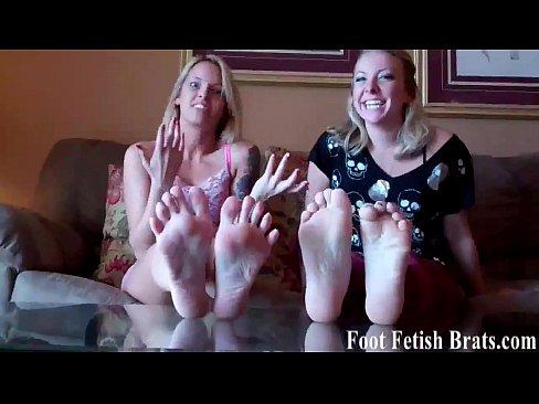 JEANINE: Ashley begs to worship Cherrys feet