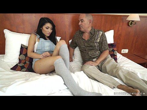 Step daughter fucking step dad