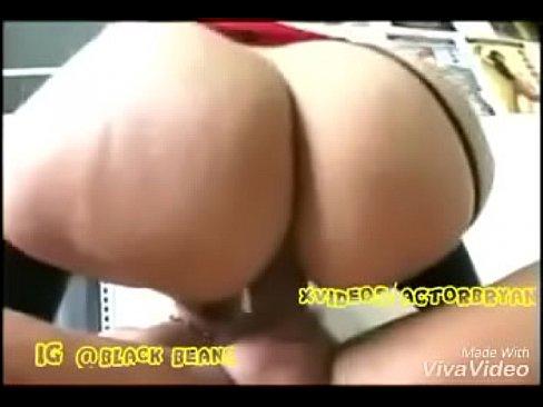 girl eating girl porn