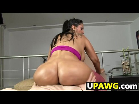 Ass Shaking pussy
