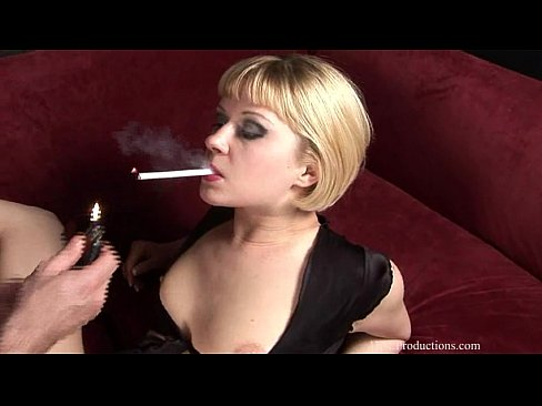 Charlie Laine Smoking Fetish At Dragginladies