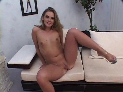 Iching of the vulva