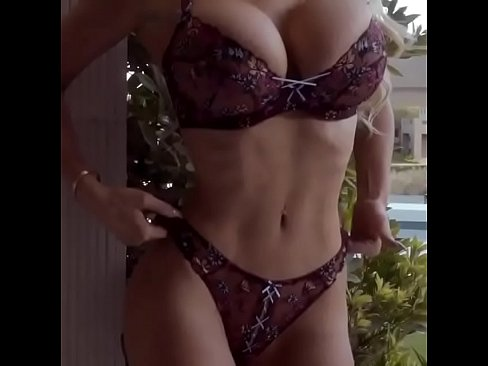 Hot Sexy Girl With Big Boobs