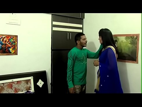 indian romance - housewife in blue saree - XNXX COM
