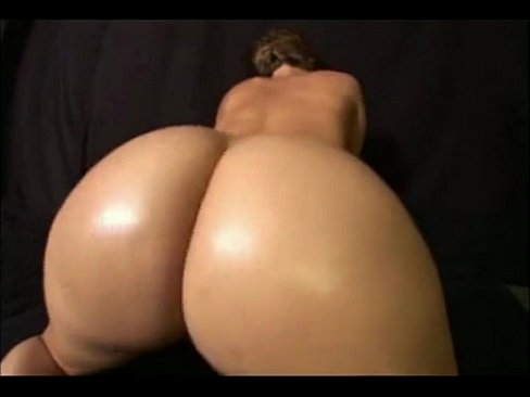 Big White Booty Twerking