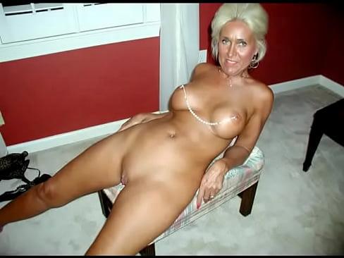 Granny spreading pictures