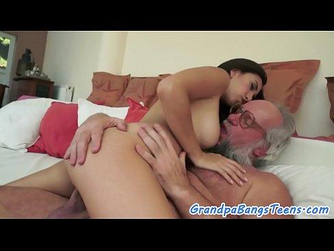laura prepon hot nake