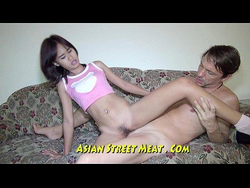 Sexy Asian Babe Offentlicher Stadt-Szene