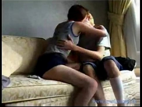 Young Couple Fuck Couch