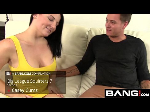 Wet Juicy Squirting Pussies