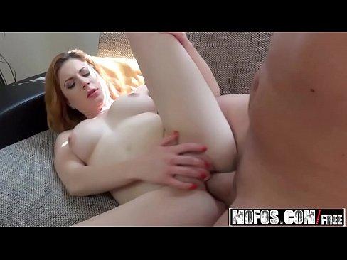 Big Natural Tits Teen Dancing