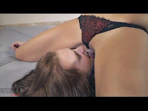 video lesbians sex