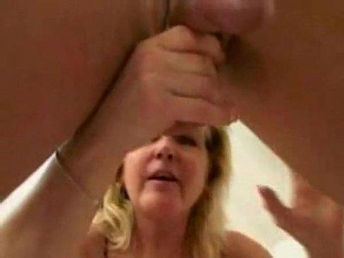 rubias peludas maduras masturvandose