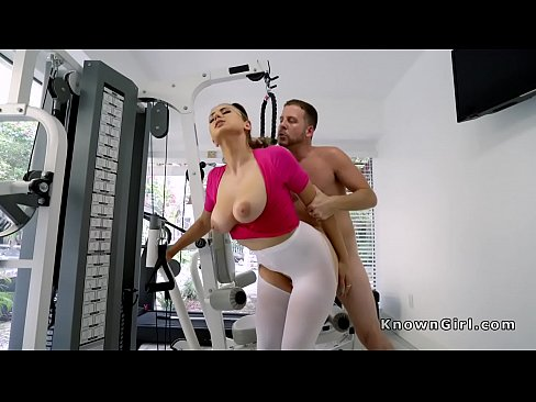 Busty in torn leggings banged at the gym