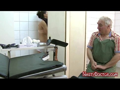 Male gynecologist porn — img 12