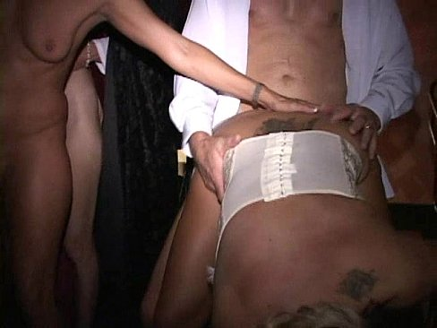 real amateur wife at trapeze club