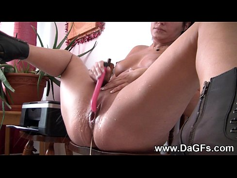 Nude female amateur trailor trash masterbation