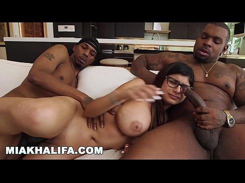 Mia Khalifa Sehnt Big Black Dick Gegen Freund Wunscht (mk13769)