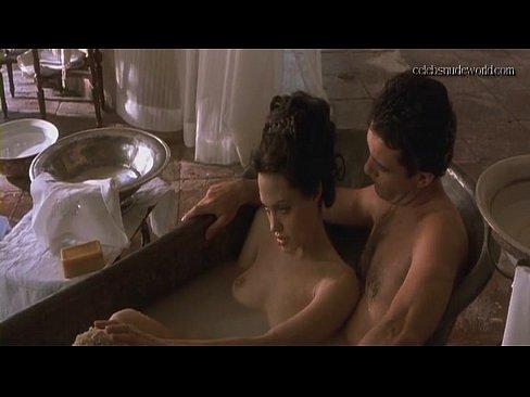 Angelina jolie nude sex videos