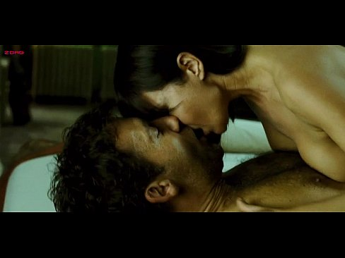 Monica Bellucci good sex scenes in Shoot Em Up