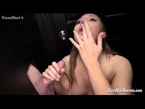 Big womens wet pussy