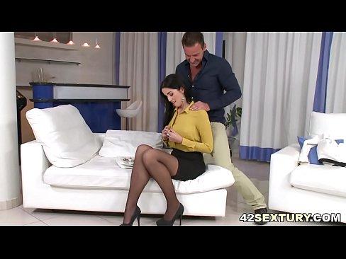 Lenceria vestidos hungaro nena Loren le encanta el sexoo anal