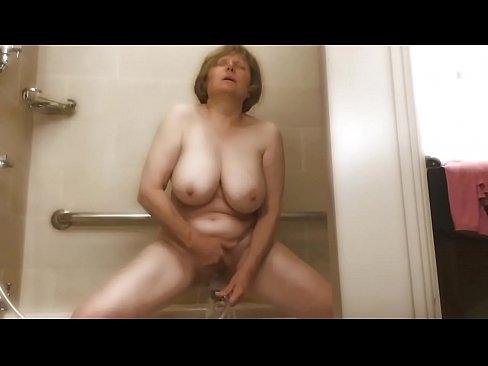 pussy pee on guy