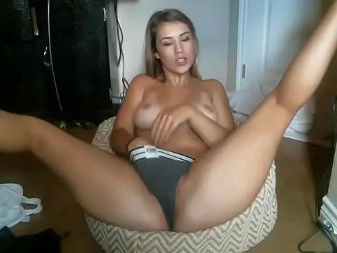 White girl hot pussy