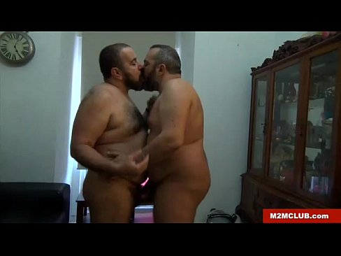 str8 2 gay