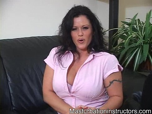 Big boobs shows naked