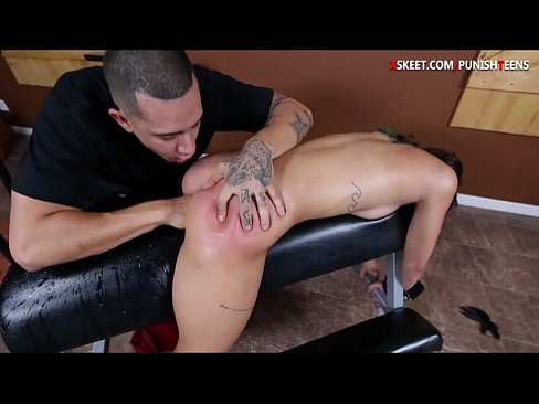 She Squirts While Sucking Cock