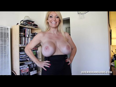 Milf wants to try anal