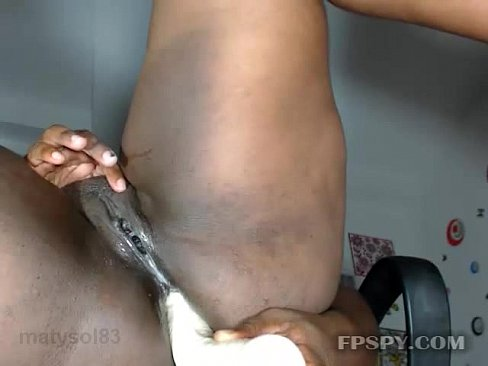 Massive dick fucks amateur girl
