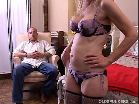 Old spunkers blonde mature not right