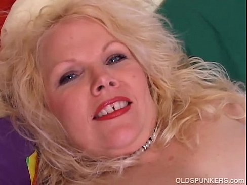 Chubby mature women sex videos