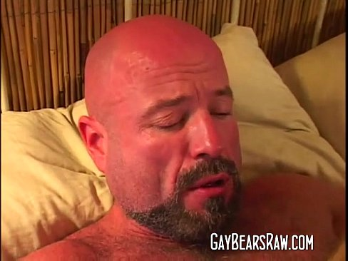 Bear cums on dudes ass